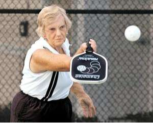 Boomer Racketeers Change to Pickleball