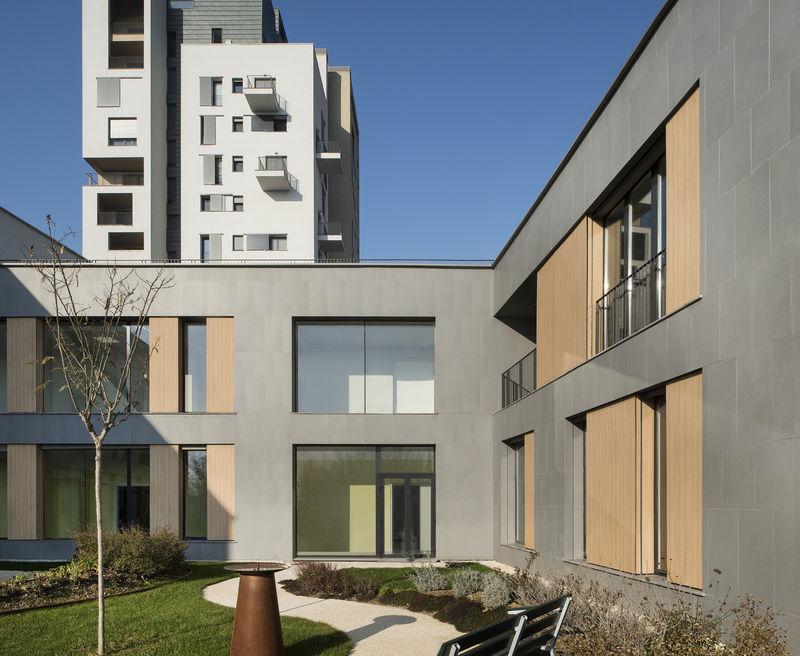 Cubist Apartment Complexes