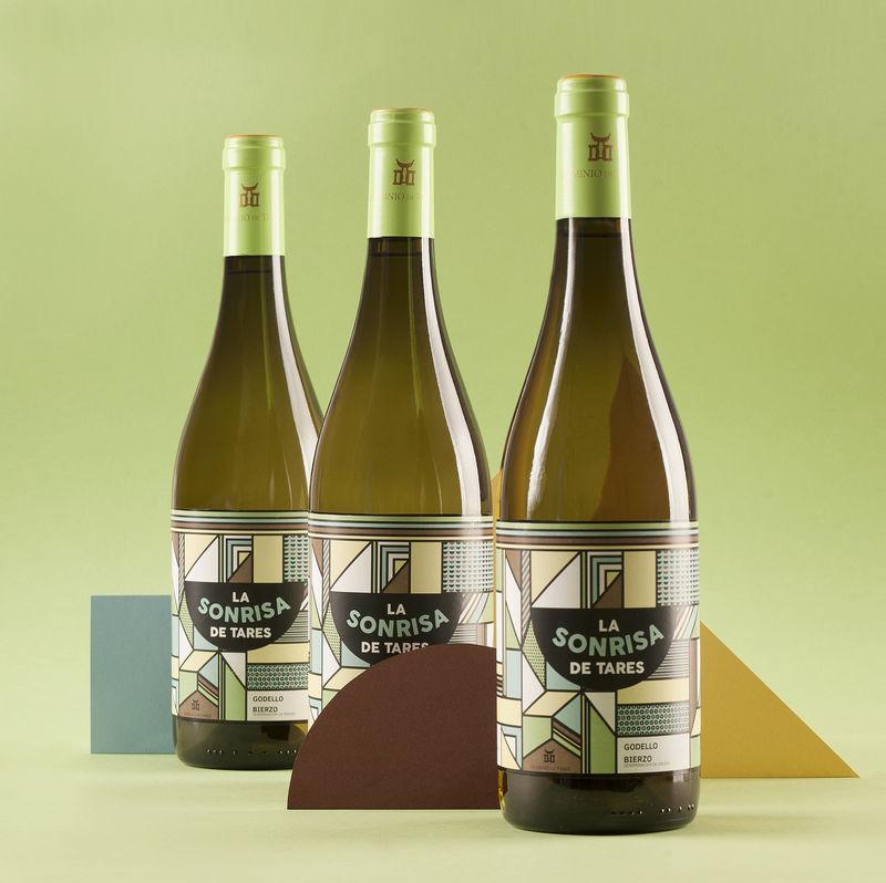 Geometric Landscape Wine Branding