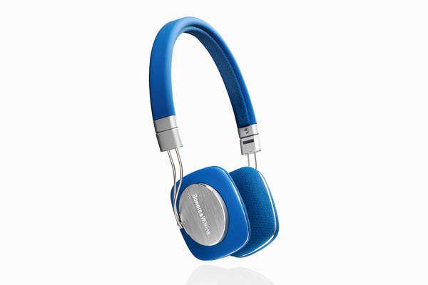 Minimalist Blue Earphones