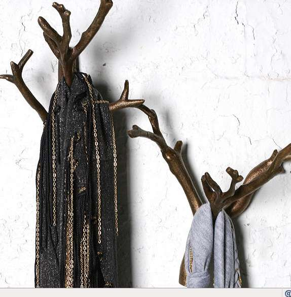 Nature-Inspired Hooks