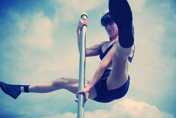 Pole Dancing Pictorials