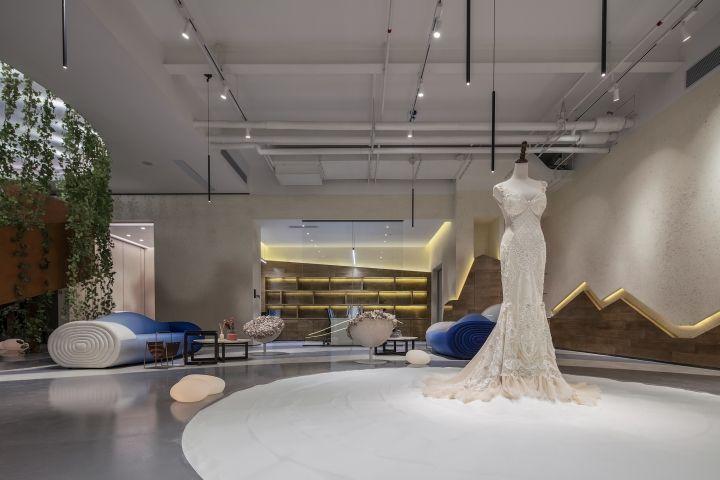 Naturalistic Bridal Shops