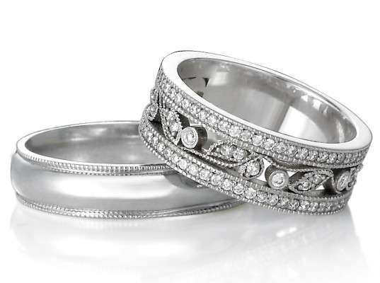 Conflict-Free Diamond Rings