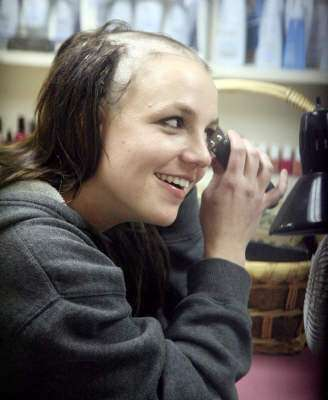 Britney Spears Shaves Her Head