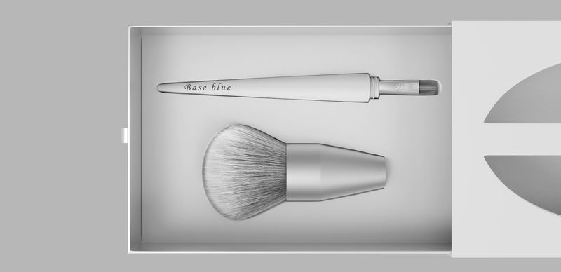 Twist-Off Makeup Brushes