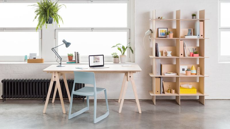 Tool-Free Furniture