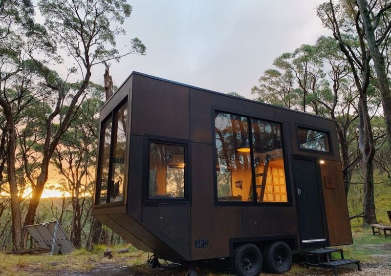 Off-Grid Tiny Rental Cabins