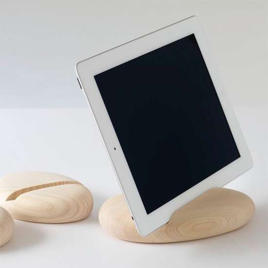 Pebble-Like Tablet Holders