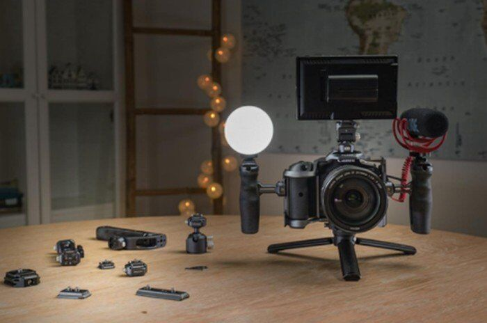 Customizable Quick-Release Camera mounts