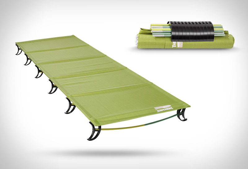 Heat-Retaining Camping Beds