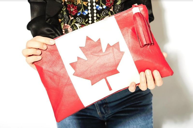 Sustainable Patriotic Clutches : Canada 150 Clutch