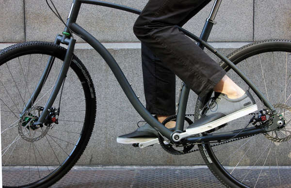 Stunning Traction Bike Shoes