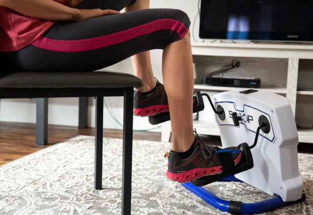 Compact Lateral Fitness Equipment