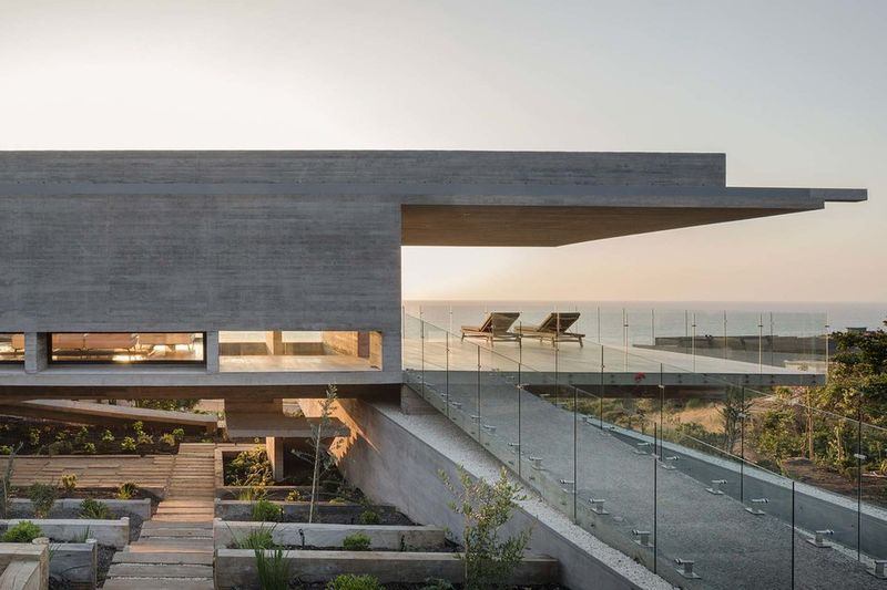 Contemporary Concrete Retreats