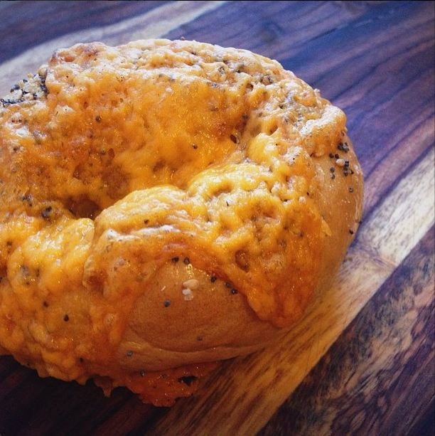 Spicy Beer Cheese Bagels