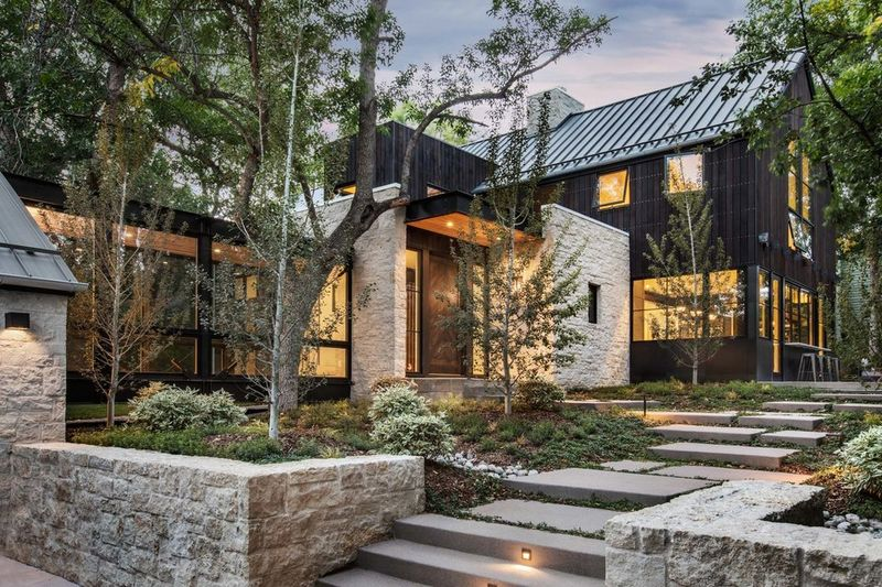 Luxe Rustic Home Designs