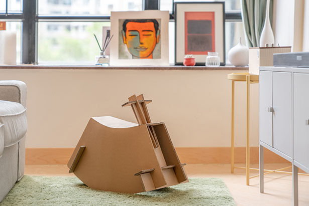 TV Packaging Rocking Chairs
