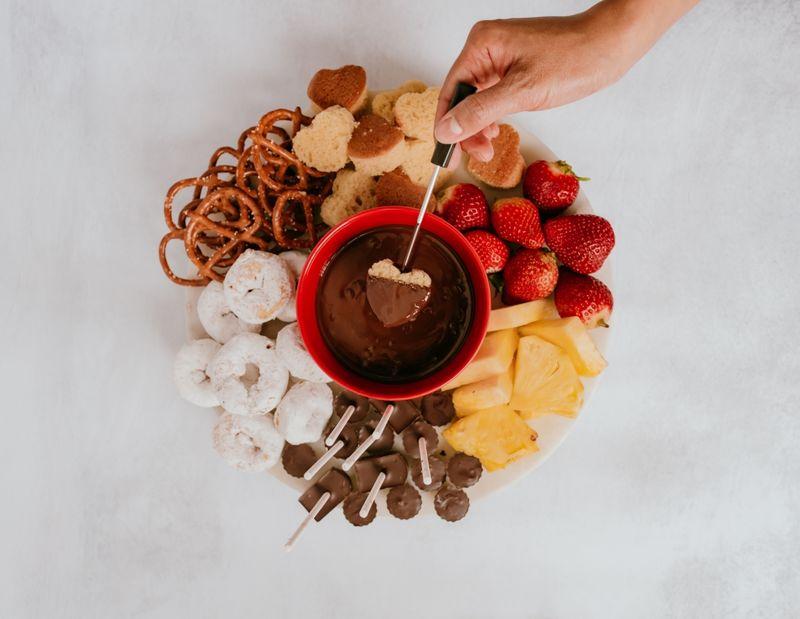 Romantic Chocolate Bar Pairings
