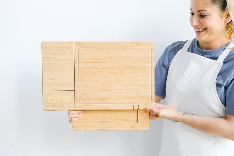 Sanitizer-Equipped Cutting Boards