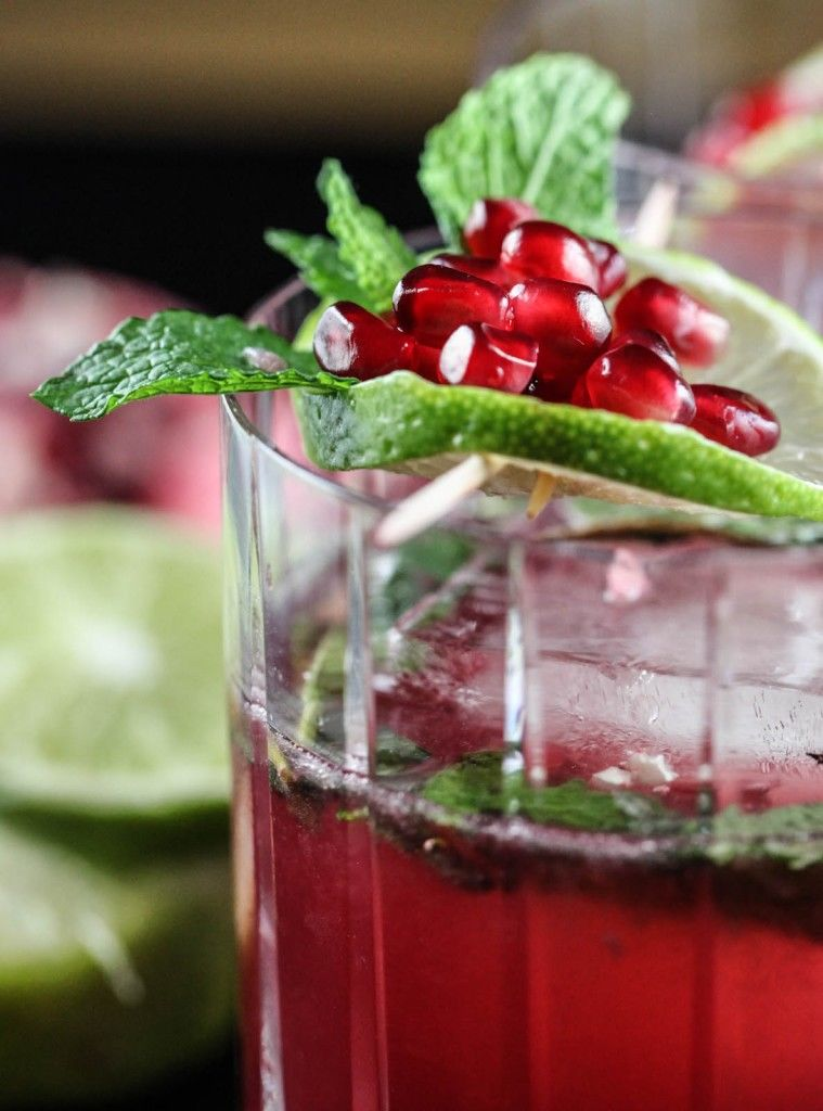 Pomegranate Christmas Cocktails Christmas Cocktail Recipe