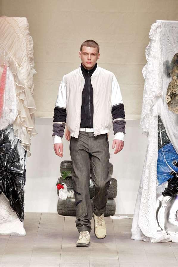 Mixed Textile Sportswear