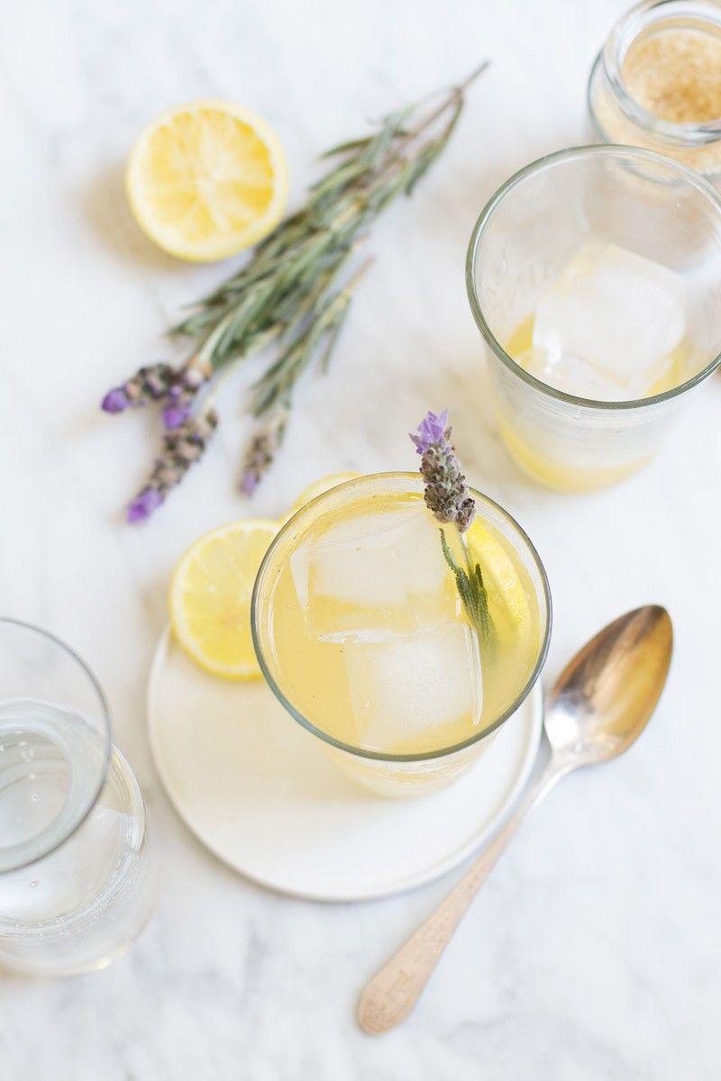 Aromatic Lavender Lemonades
