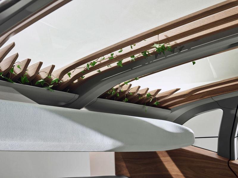 Plant-Incorporating Car Interiors