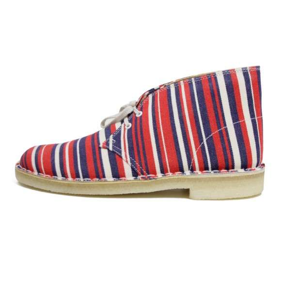 Poolside-Inspired Patriotic Kicks