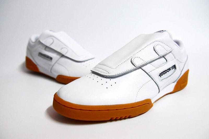 Transformative Retro Sneakers : Classic