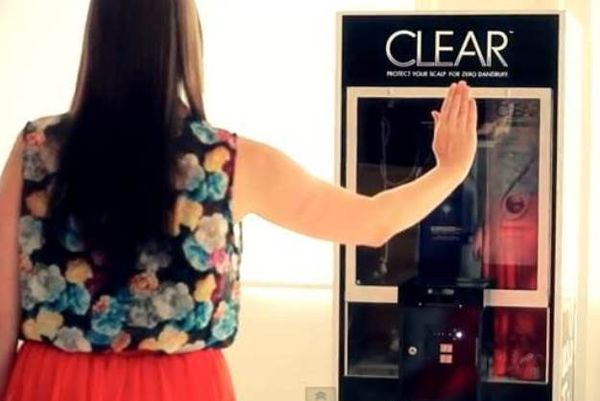 Gesture-Controlled Claw Games