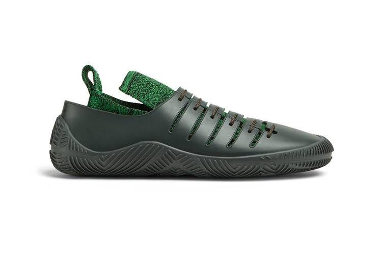 Breathable Layering Premium Sneakers
