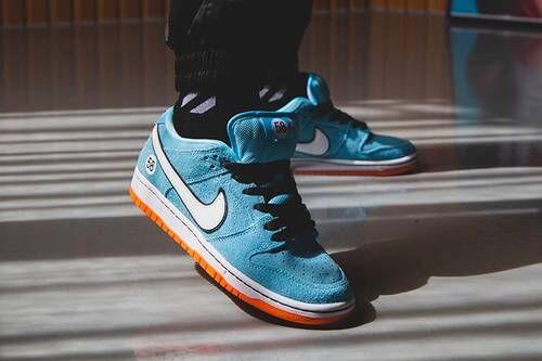 Premium-Themed Skate Sneakers
