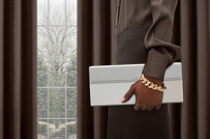 Folding Clutch-Inspired Laptops