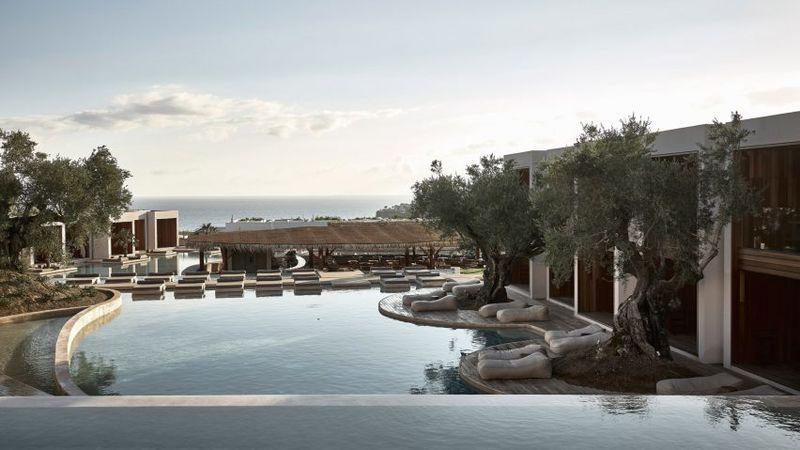 Landscape-Informed Coastal Hotels