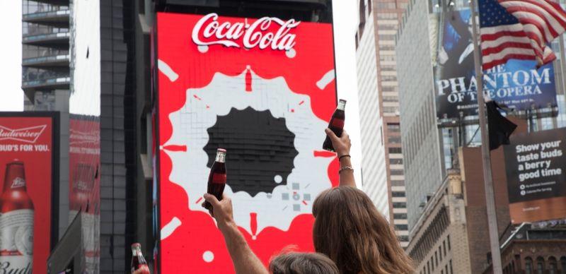 Multi-Sensory Cola Advertisements