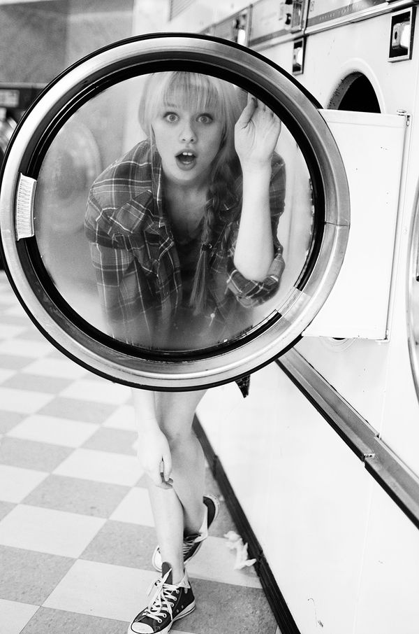 Cheeky Laundromat Photography