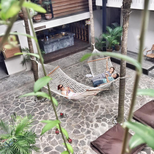 Co-Living Nomad Projects