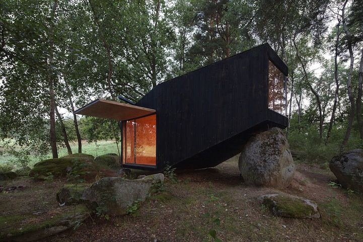 Leaning Cabin Residences