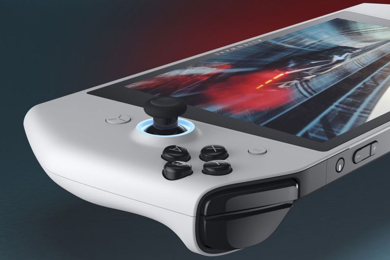 Ergonomic Mobile Gaming PCs