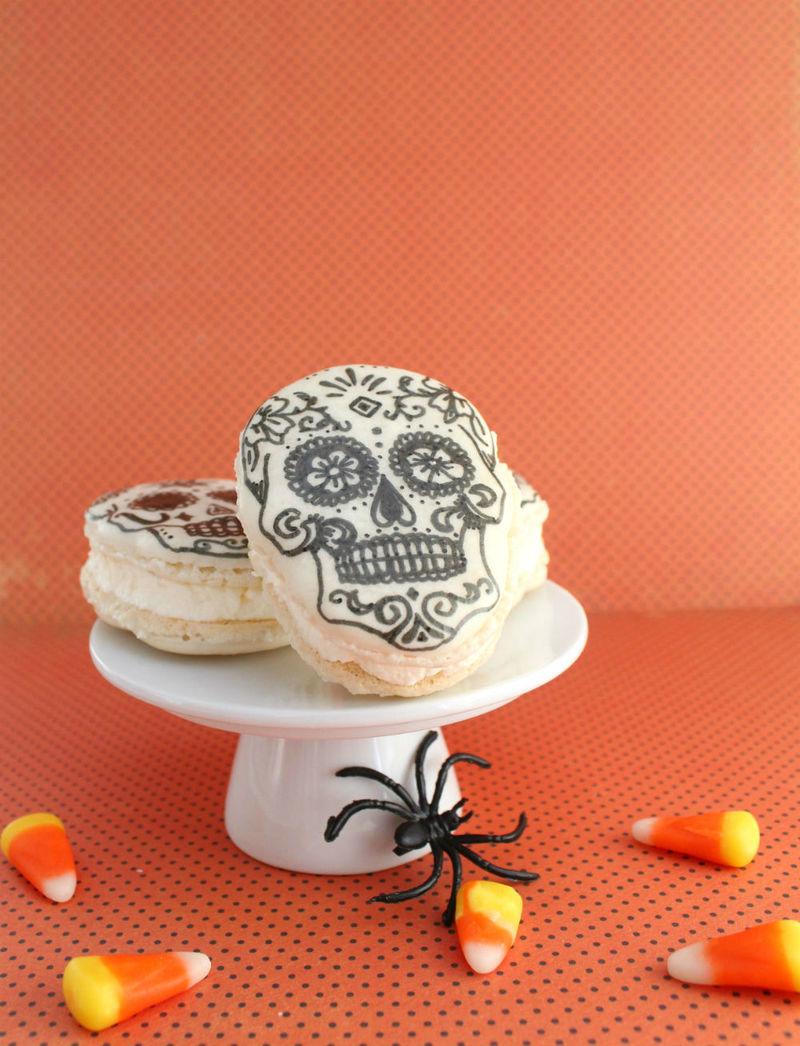Spooky Skull Macarons