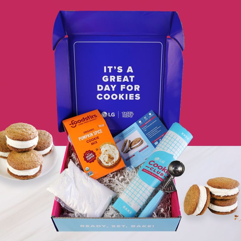 Collaborative Cookie Subscriptions