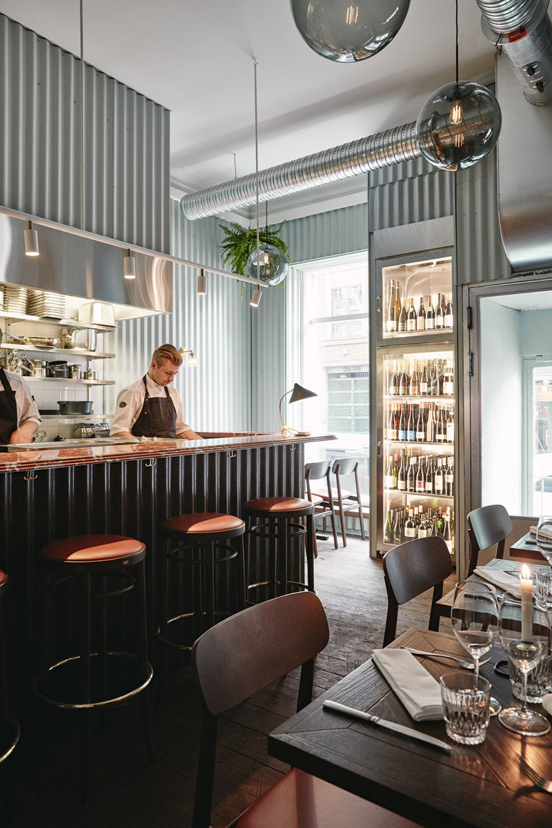 Superbe Metal Clad Restaurant Interiors