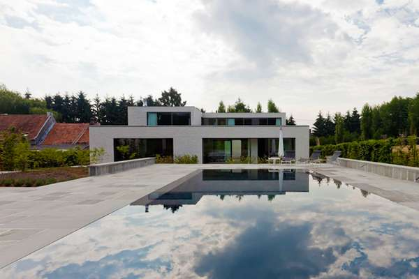 Minimalist Courtyard-Centered Homes