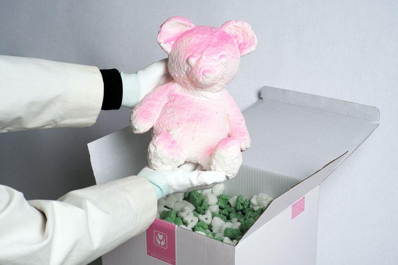 Crackling Bobbled Bear Sculptures