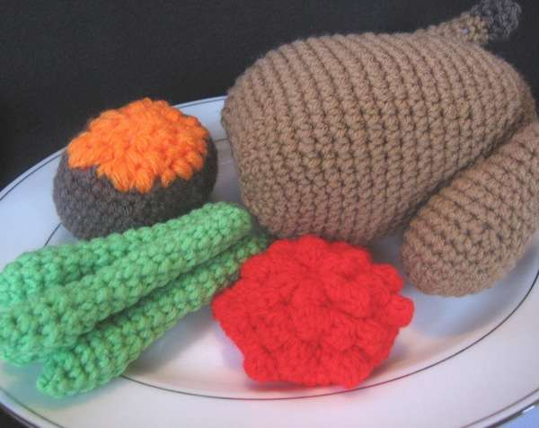 Crocheted Thanksgiving Dinners