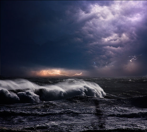 Dynamic Storm Photography