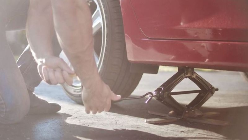 Safety-Focused Car Lifts