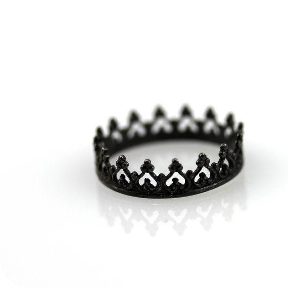 Delicate Diadem Rings