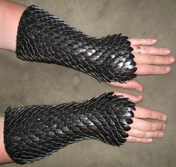 Dragon Hide Gloves